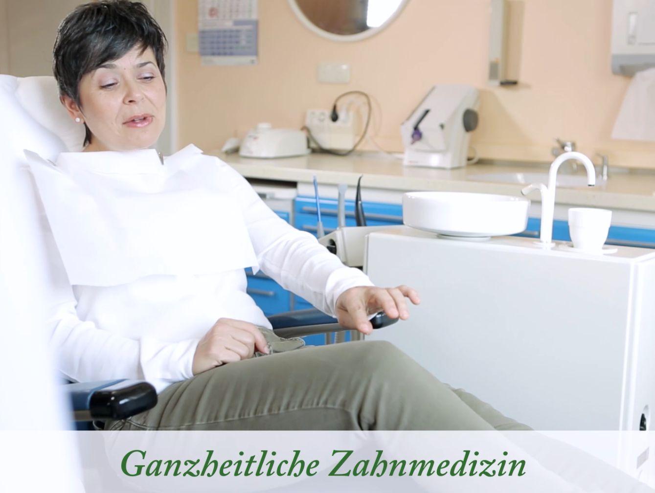 Diagnostik des Kiefergelenks und Schienentherapie